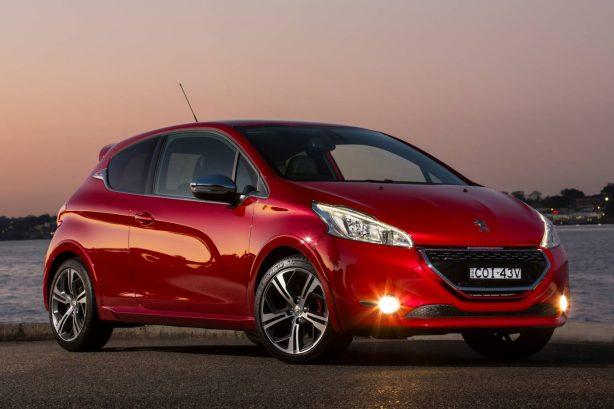 Peugeot-208GTi-Photo-02