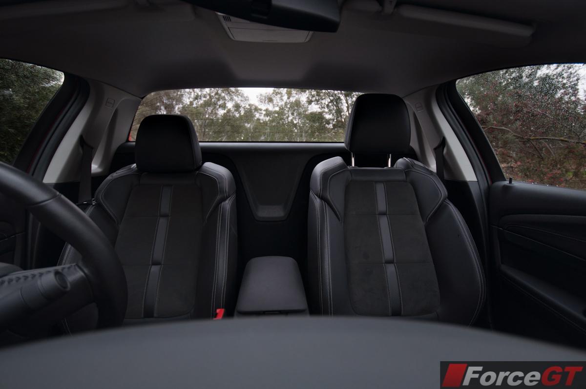 2013 holden vf commodore sv6 ute interior seats forcegt 2013 holden vf commodore sv6 ute interior seats vanachro Choice Image