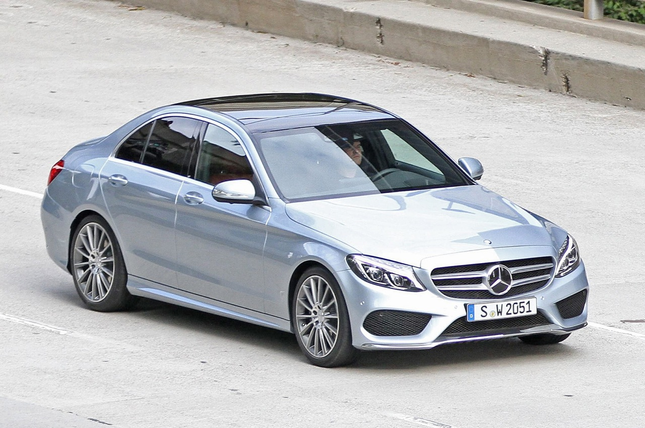 Mercedes cars news 2014 c class spotted undisguised for Mercedes benz 2014 c class price