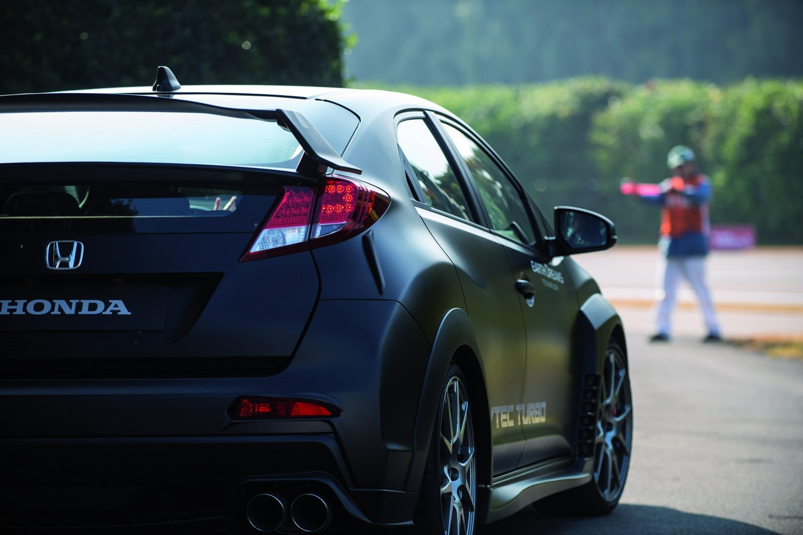 2015 honda civic type r rear side. Black Bedroom Furniture Sets. Home Design Ideas