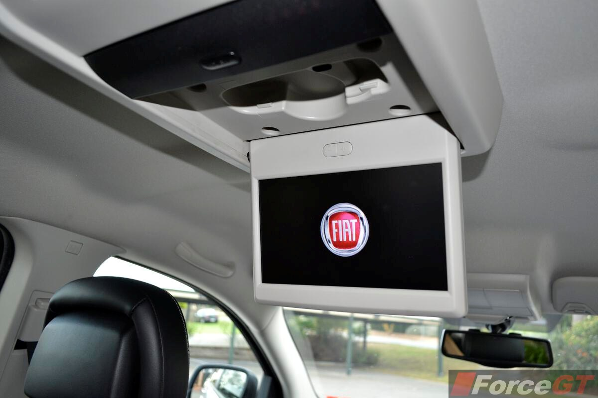 Fiat Freemont Review Fiat Freemont Lounge Rear Seat Video