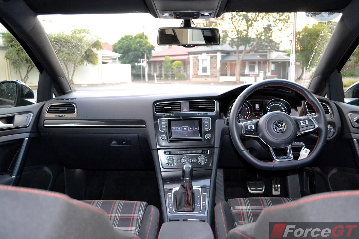 Volkswagen Golf GTI Interior Dashboard ForceGTcom - 2013 volkswagen golf gti interior