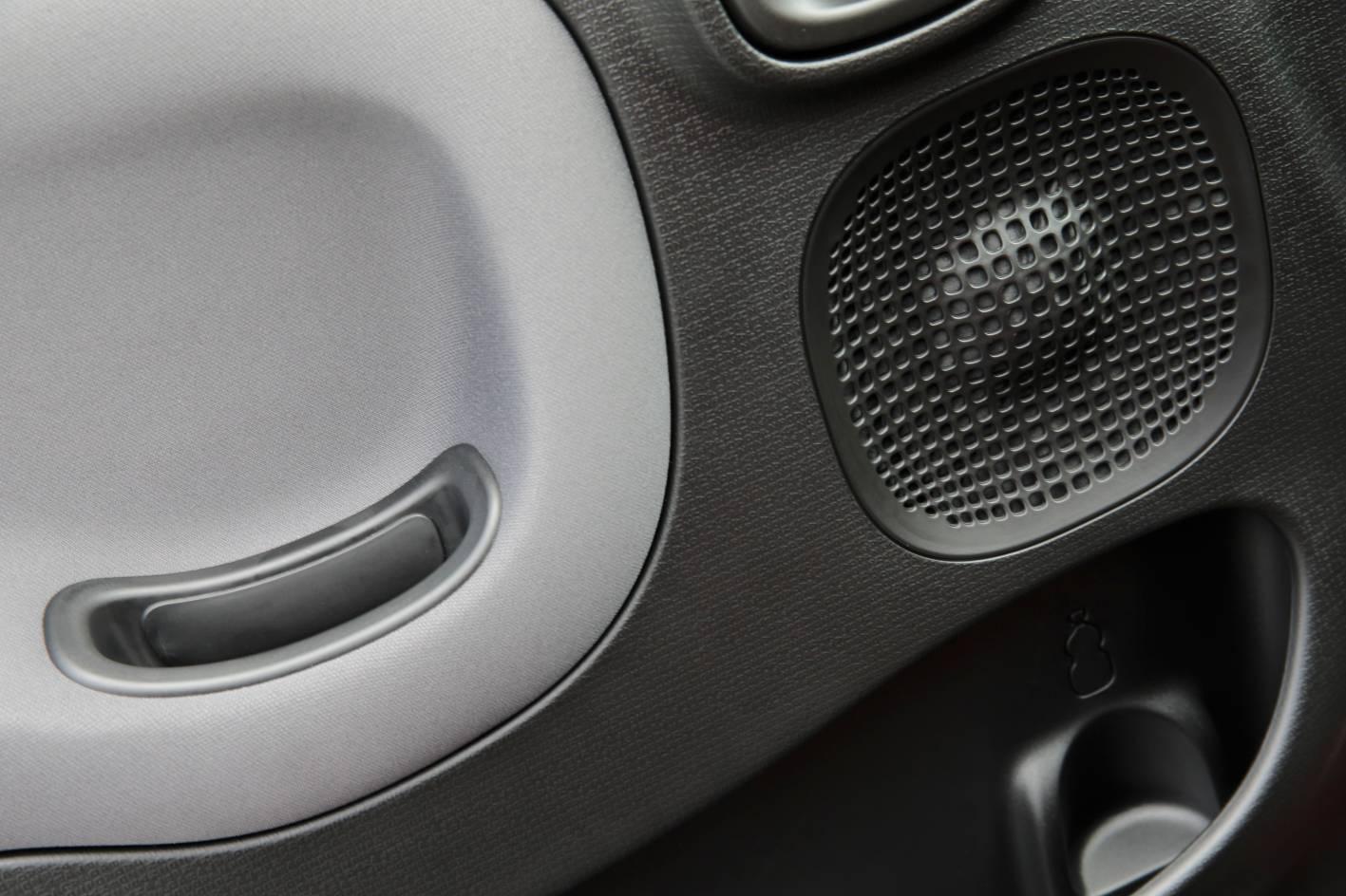 Fiat Panda Easy Interior 2014-fiat-panda-easy-interior