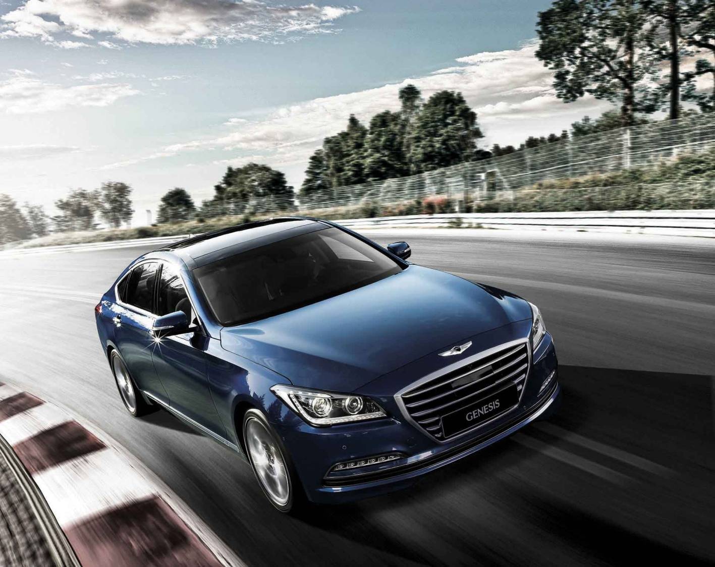 hyundai cars news rear drive genesis sedan arrives in july. Black Bedroom Furniture Sets. Home Design Ideas