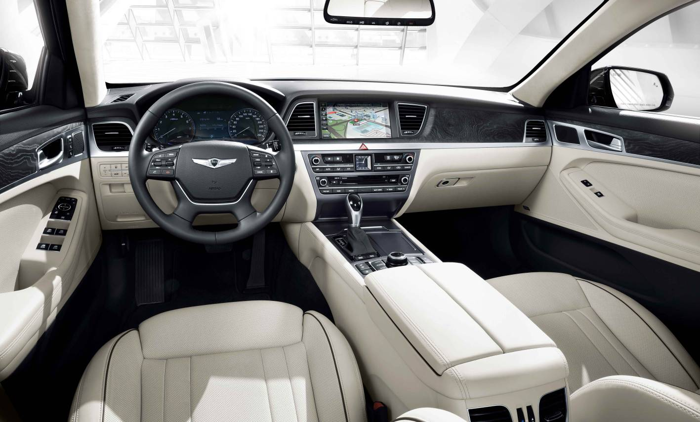 2014 Hyundai Genesis sedan interior dashboard - ForceGT.com