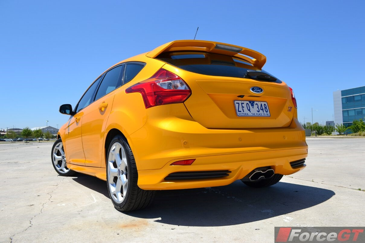 2014 ford focus st curb weight. Black Bedroom Furniture Sets. Home Design Ideas