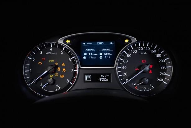 2014 Nissan Pathfinder instruments