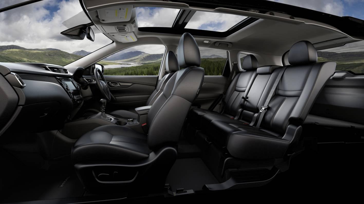 Nissan X-Trail five seat interior - ForceGT.com