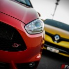 2014 Ford Fiesta ST  vs 2014 Renault Clio RS