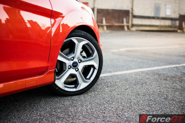 2014 Ford Fiesta ST wheel