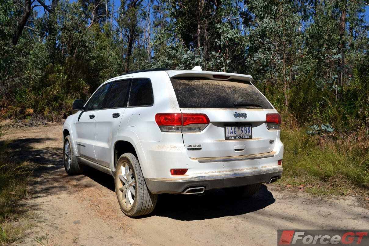 2014 jeep grand cherokee summit diesel offroad rear quarter forcegt. Cars Review. Best American Auto & Cars Review
