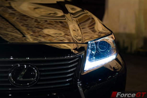 2014 Lexus ES350 daytime running light
