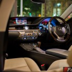 2014 Lexus ES350 interior