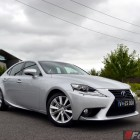 2014-Lexus-IS300h-front-quarter