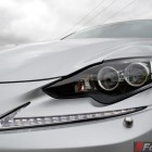 2014-Lexus-IS300h-headlight