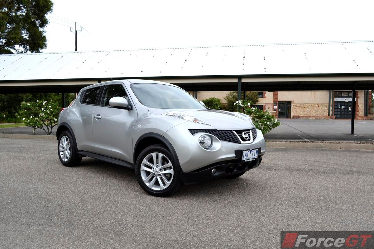 nissan juke review 2014 juke st s 2wd manual. Black Bedroom Furniture Sets. Home Design Ideas
