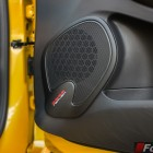 2014 Renault Clio RS Bass reflex speakers