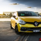 2014 Renault Clio RS front