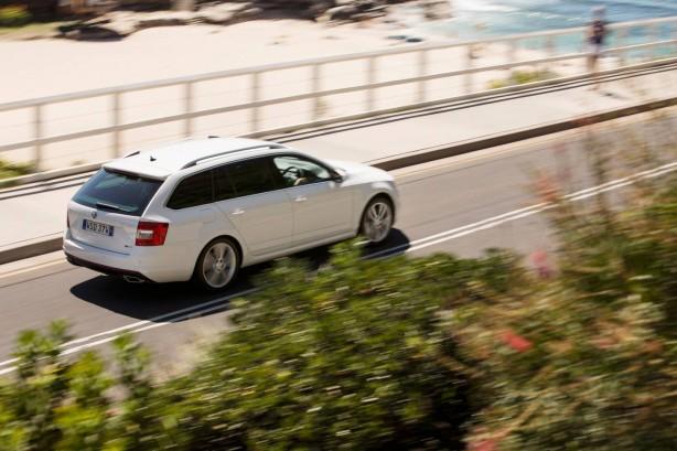 Skoda Octavia RS wagon rear quarter rolling