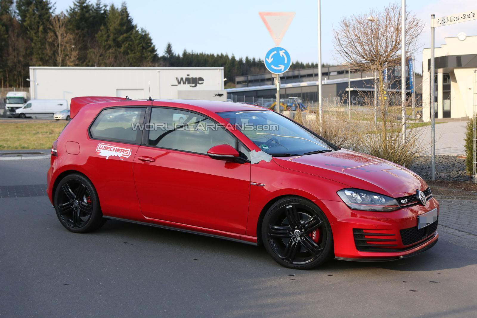 volkswagen cars news golf gti club sport spied on. Black Bedroom Furniture Sets. Home Design Ideas