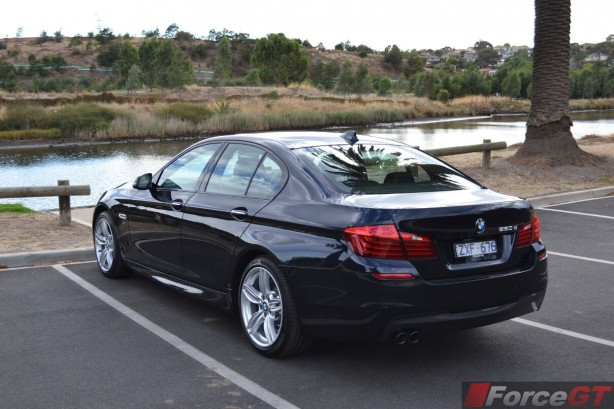 2014 BMW 5 Series LCI Rear Quarter2