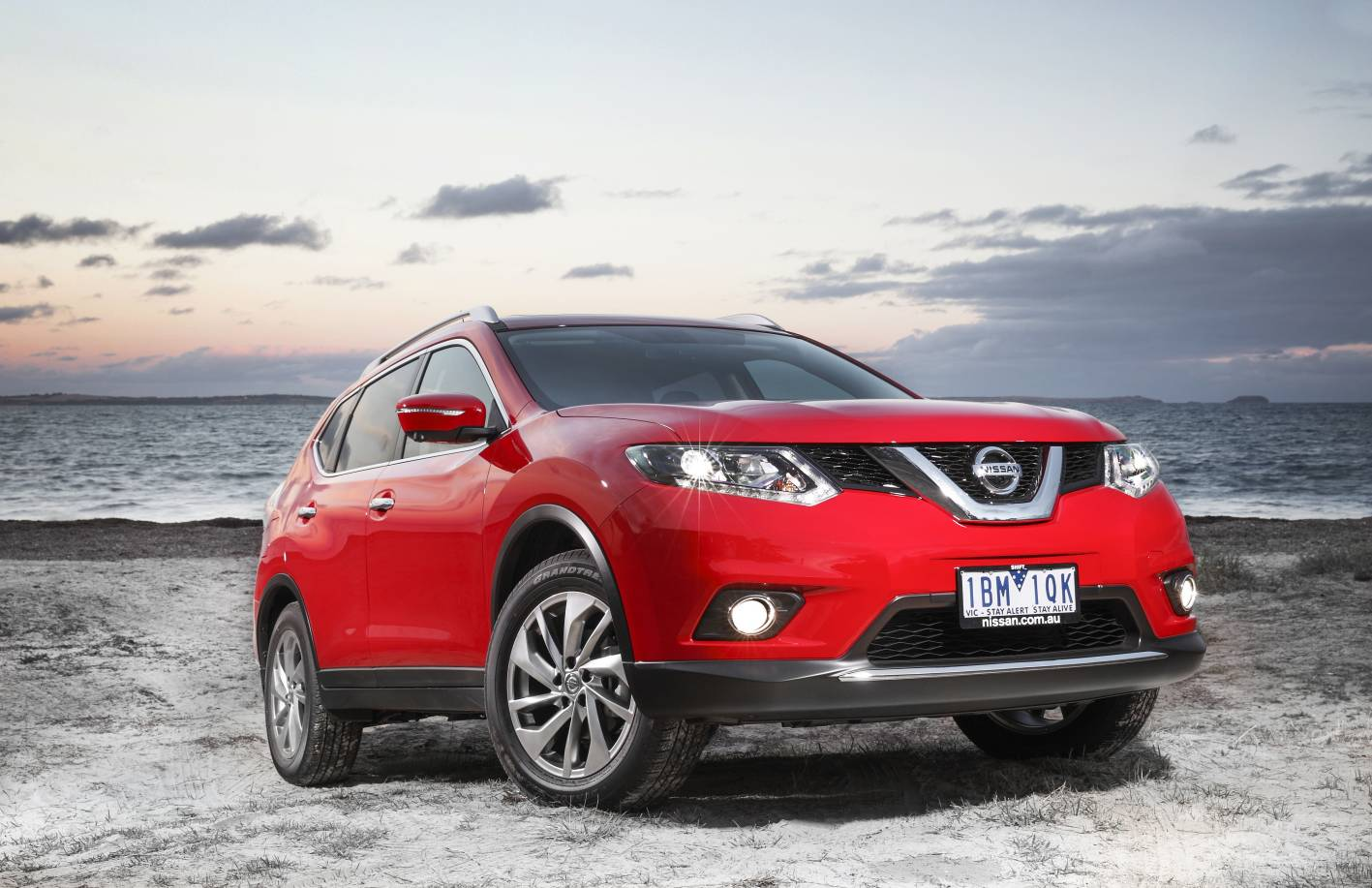 new nissan x trail 2014 autos weblog. Black Bedroom Furniture Sets. Home Design Ideas