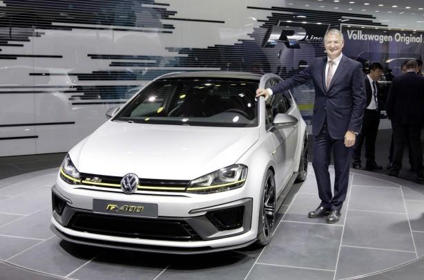 Volkswagen Golf R 400 concept front