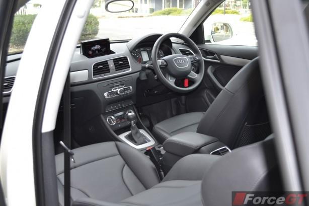 2014 Audi Q3 1.4TSI interior