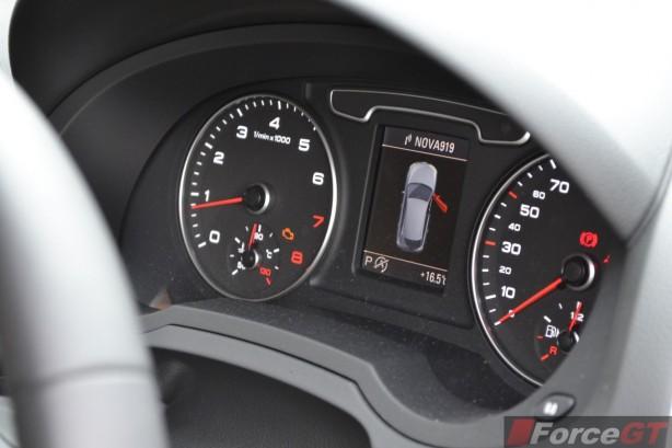 2014 Audi Q3 1.4TSI interior instruments