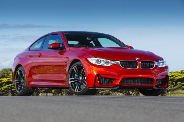 2014-BMW-M4-Coupe-front-quarter