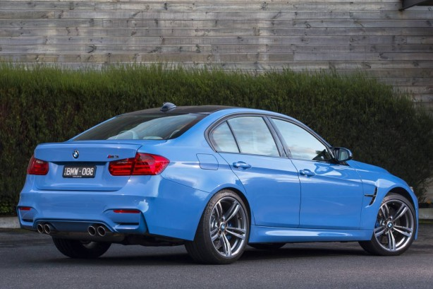 2014-BMW-M4-Sedan-rear-quarter