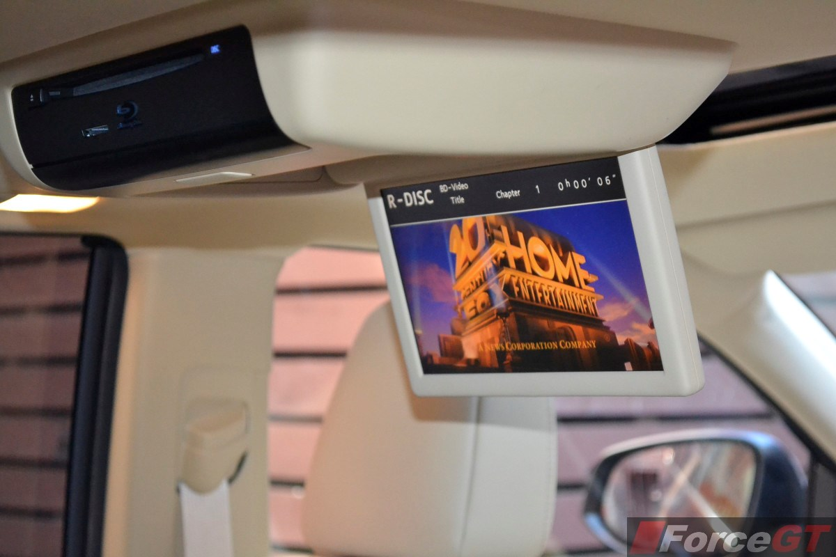 2018 toyota kluger grande. contemporary toyota 2014 toyota kluger grande interior rear roof mounted bluray player to 2018 toyota kluger grande