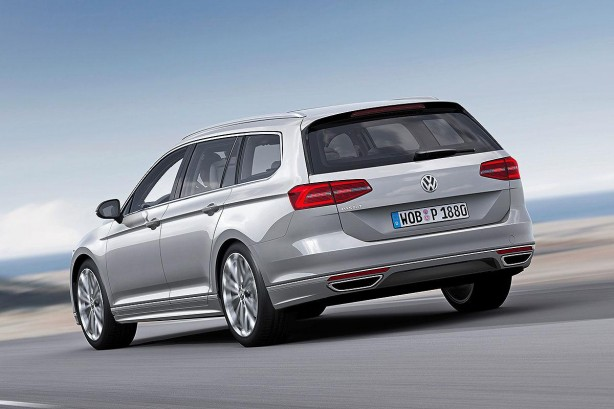 2015 Volkswagen Passat Wagon rear quarter