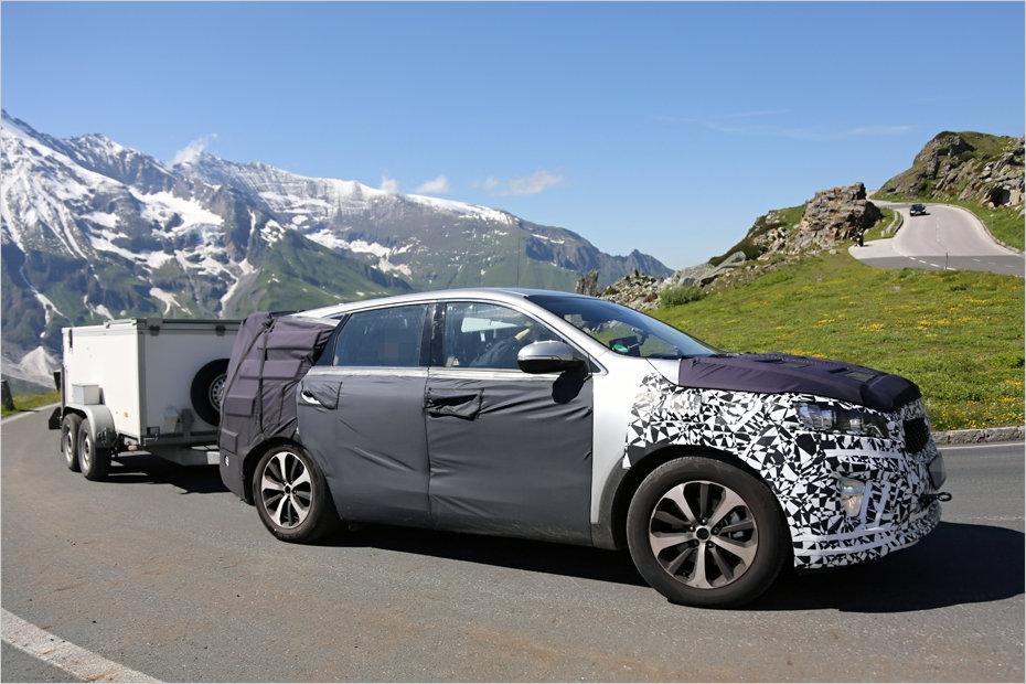 Hyundai Santa Fe 2019 Spy Shot >> Kia Cars - News: 2015 Kia Sorento spotted testing in the alps