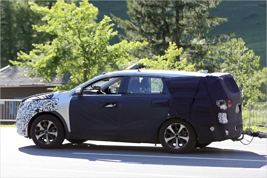 2015 Kia Sorento Prototype Spied Showing Larger Dimensions Motor1 ...