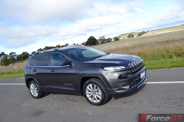 2014-jeep-cherokee-limited-front-quarter2