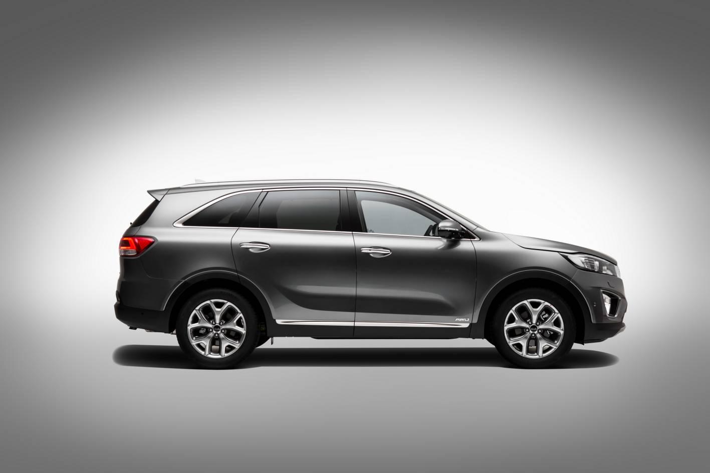 kia cars news all new 2015 kia sorento unveiled. Black Bedroom Furniture Sets. Home Design Ideas