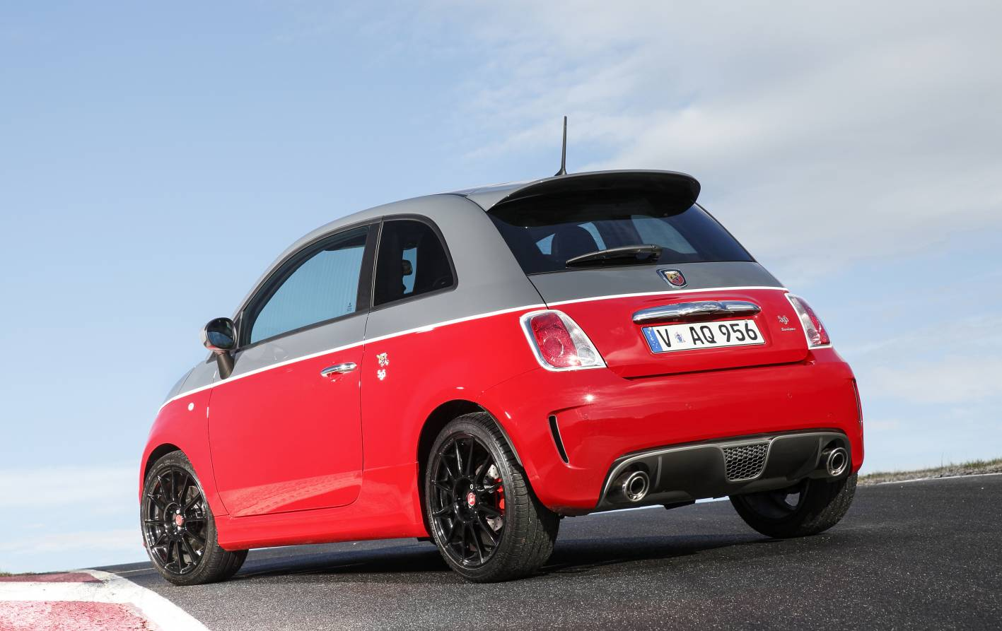 abarth 595 range extends to turismo and competizione models. Black Bedroom Furniture Sets. Home Design Ideas