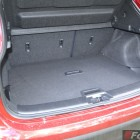 2014 Nissan Qashqai luggage compartment