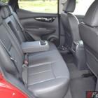 2014 Nissan Qashqai rear legroom