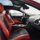 jaguar-xe-cabin
