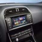 jaguar-xe-infotainment-screen