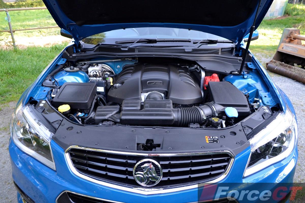 Holden commodore review 2014 vf ss storm ute 2014 holden vf ss storm ute v8 engine vanachro Choice Image