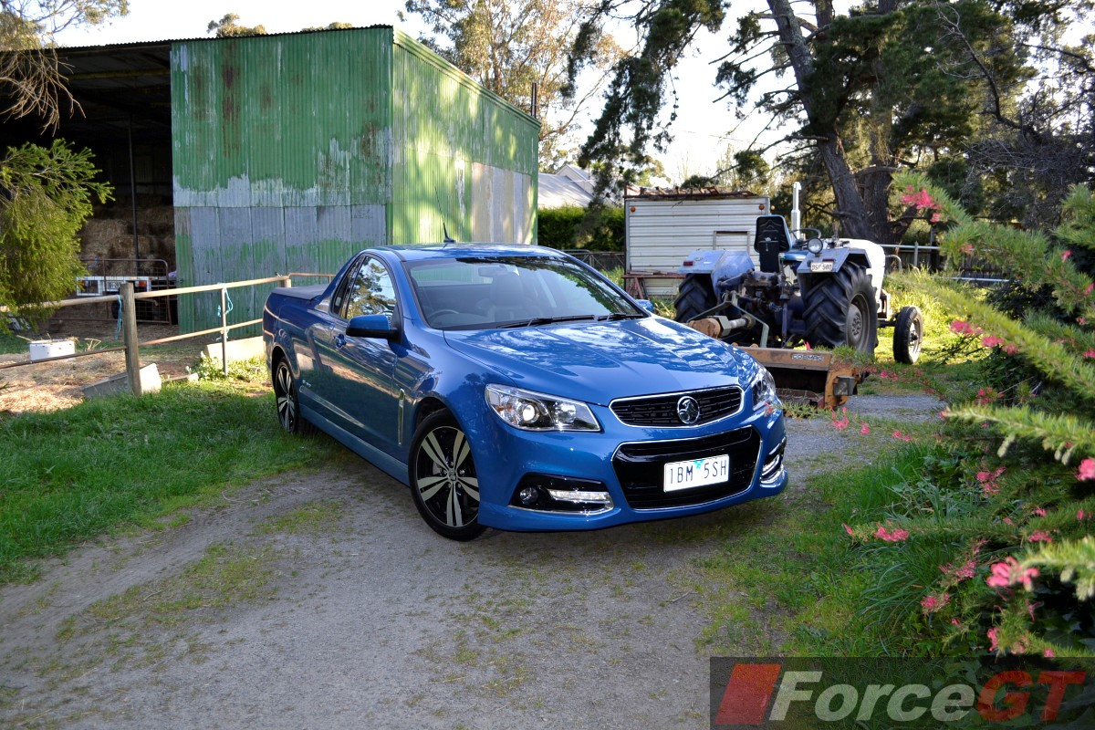 Holden commodore review 2014 vf ss storm ute 2014 holden vf ss storm ute front quarter vanachro Choice Image