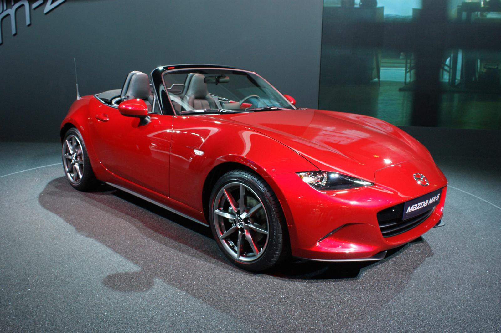 all new 2015 mazda mx 5 arrives in paris. Black Bedroom Furniture Sets. Home Design Ideas