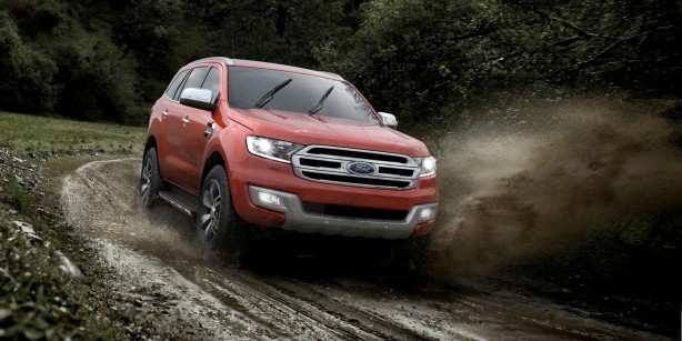 2015-ford-everest-front-quarter-off-road