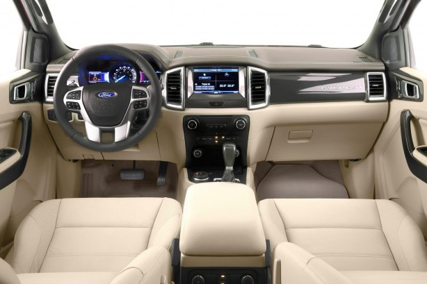 2015-ford-everest-interior