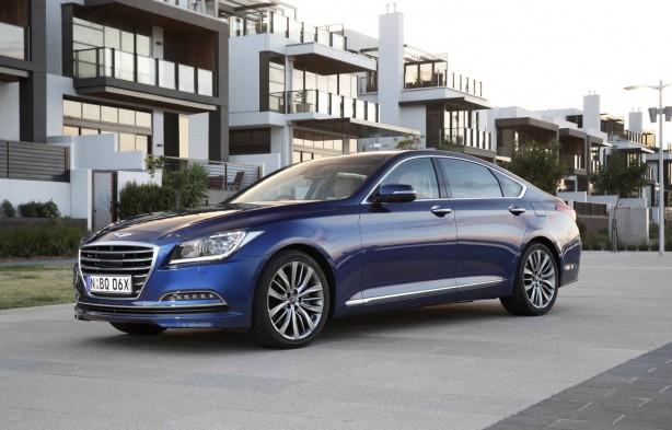 Hyundai Genesis sedan front quarter-1