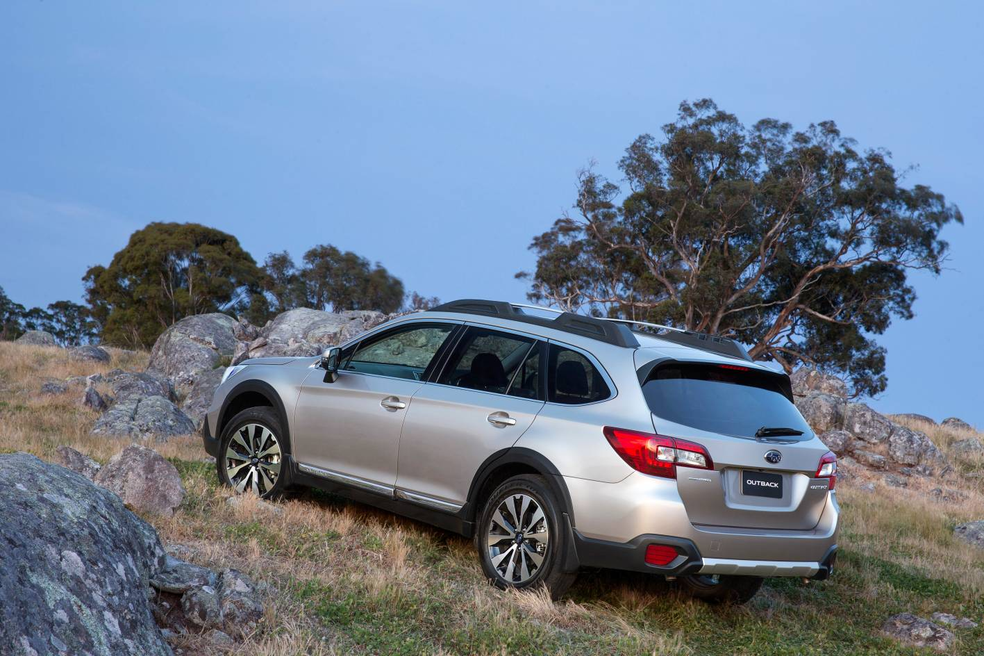 subaru cars news 2015 subaru outback on sale from 35 990. Black Bedroom Furniture Sets. Home Design Ideas