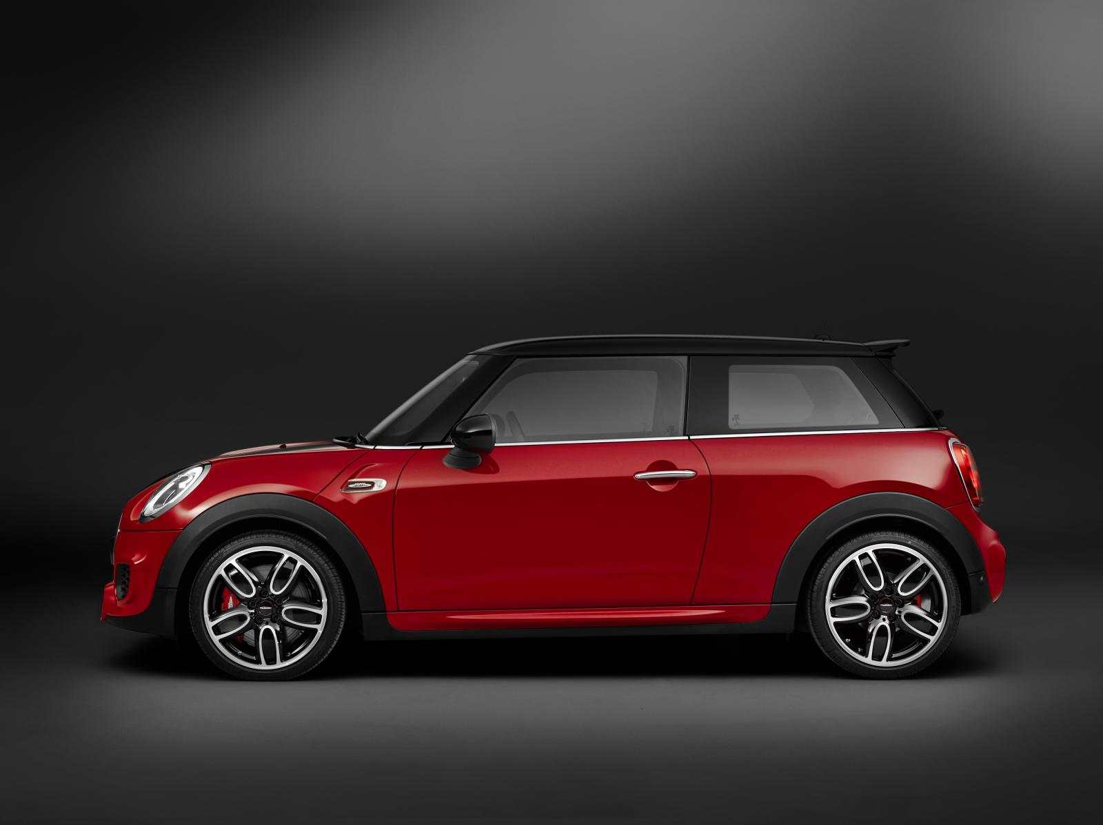 mini cars news 2015 mini jcw pricing and specification. Black Bedroom Furniture Sets. Home Design Ideas